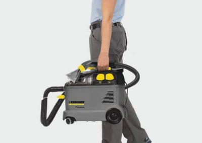 Екстрактор за пране на мокети килими и тапицерии Karcher Puzzi 8/1 C